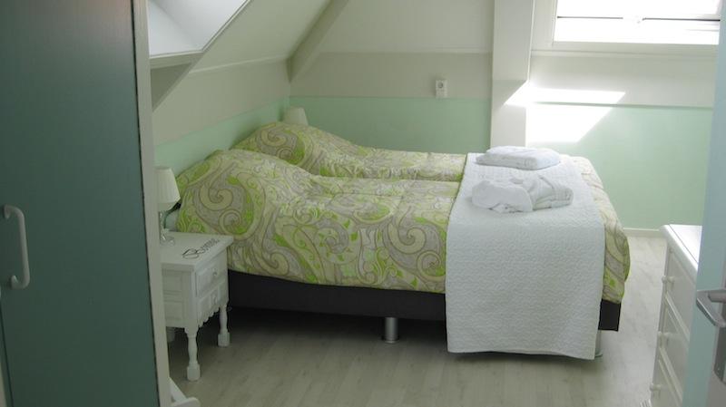 Logeren aan de rijn - Volwassen slaapkamer arrangement ...